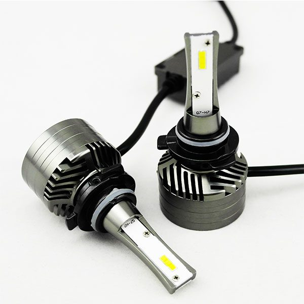 SAE standard HB4 9006 automobile LED headlamp bulb 4000lm 26W 6000K